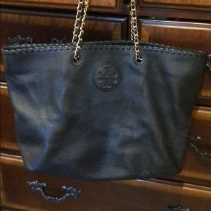 Authentic Tory Burch large handbag black. Like new